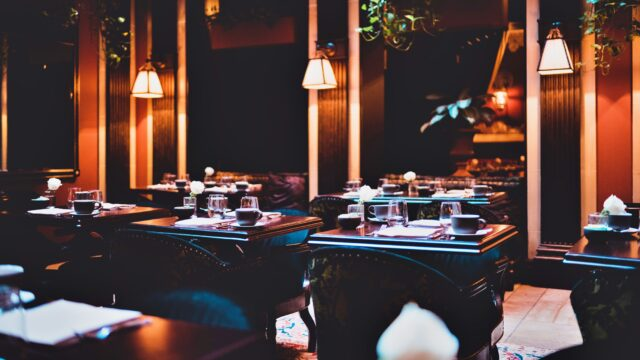 レストラン ディナー デート