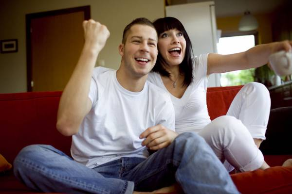 おうちデートで何する?おすすめのカップルの遊び8選