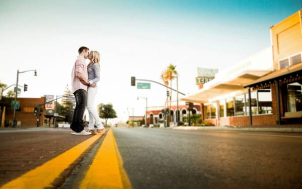 夢占いで分析★キスする夢を見るときの8つの意味