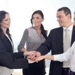 職場恋愛で男性社員の脈ありを見極める8のポイント