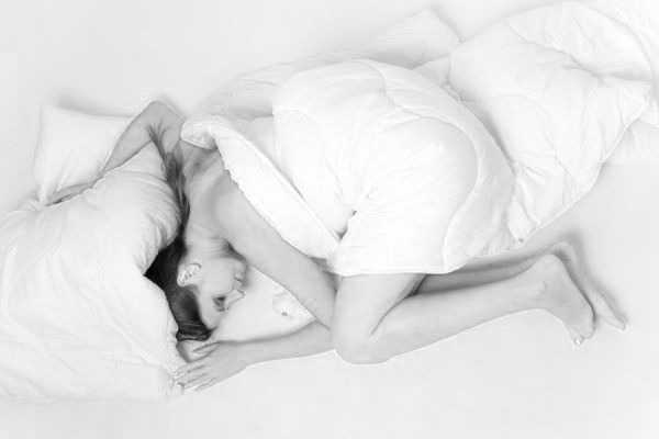 眠い 睡眠 寝る 夢