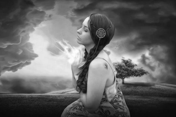 女性 祈る アファメーション